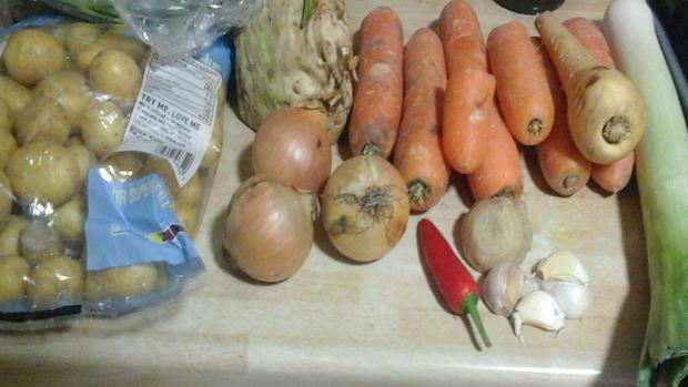Herzhafter Gemüseeintopf mit Mettbällchen - Rezept - Bild Nr. 3