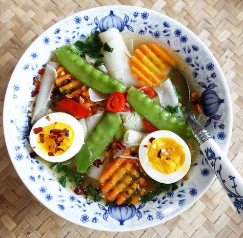 Thailändische Reisnudelsuppe Kuah Chap - Rezept - Bild Nr. 2