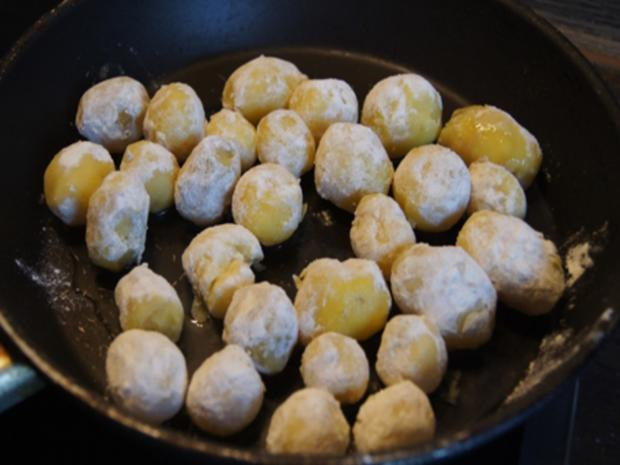 Französche Kartoffeln mit Sahne-Heringsfilets - Rezept - Bild Nr. 7