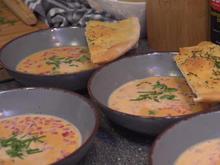 Weiße Tomatencremesuppe mit hausgemachtem Pizzabrot - Rezept - Bild Nr. 2
