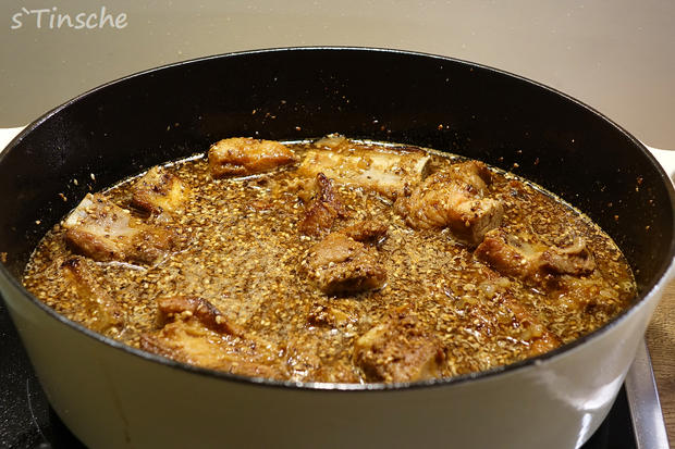 Geschmorte Schweinerippchen - Rezept - Bild Nr. 4