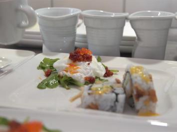 Pochiertes Ei mit Chorizo und Kaviar - Waldorf Roll - Rezept - Bild Nr. 2