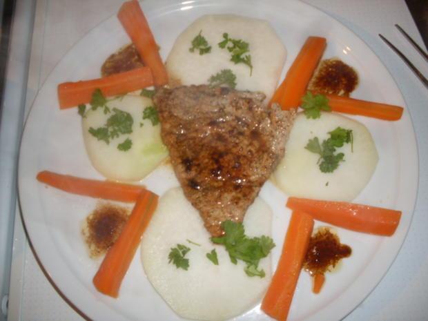 Kalbfleisch-Schnitzel auf Kohlrabischeiben mit Möhrenstifte - Rezept - Bild Nr. 2