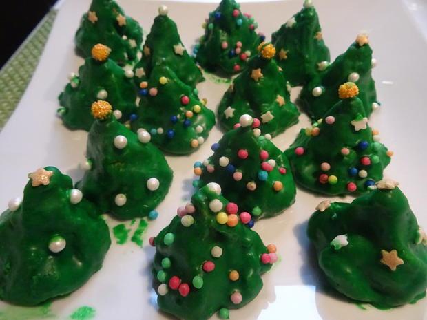 Weihnachtsbäumchen und Schneebälle - Rezept - Bild Nr. 3