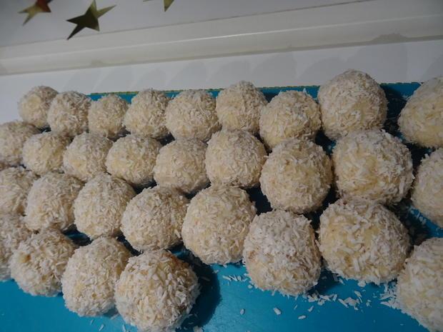 Weihnachtsbäumchen und Schneebälle - Rezept - Bild Nr. 9601