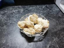 Kokos-, Mandel- und Haselnussmakronen - Rezept - Bild Nr. 2
