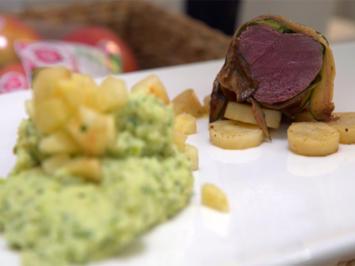 Rezept: Hase in Zucchini gewickelt mit Petersilienwurzel