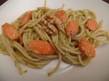 Möhren-Pasta mit Walnuss-Petersilien -Pesto - Rezept - Bild Nr. 9653