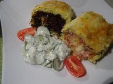 Kartoffel-Strudel mit zweierlei Füllung und Gurkensalat - Rezept - Bild Nr. 2