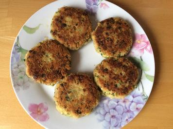 Zucchini-Bratlinge mit Feta und Oliven - Rezept - Bild Nr. 2