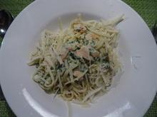 Spaghetti mit Spinat-Frischkäse-Soße und Räucherlachs - Rezept - Bild Nr. 2