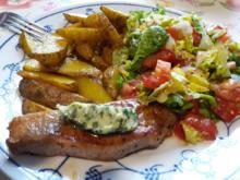 Schweinesteak mit Kartoffelspalten - Rezept - Bild Nr. 2