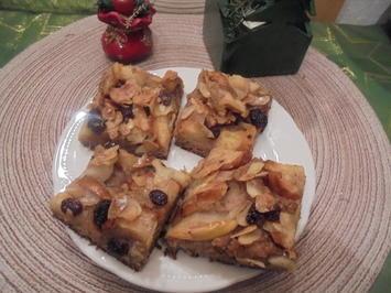 Apfelkuchen mit Mandeln und Rosinen - Rezept - Bild Nr. 2