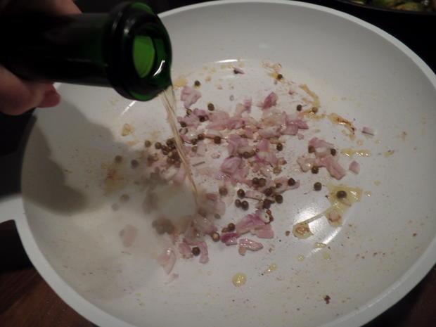 Schweinefilet in Cognac-Sauce mit Rosenkohl und Kartoffelstampf - Rezept - Bild Nr. 9701