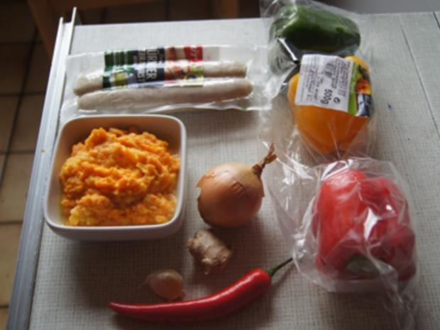 Thüringer Rostbratwurst mit Gemüsepaprikamix und Süßkartoffelstampf - Rezept - Bild Nr. 3