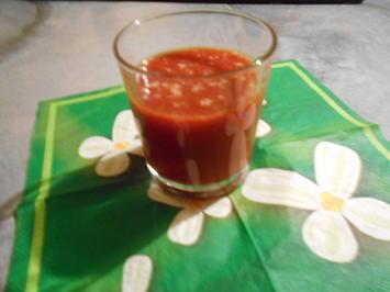 Ein gesunder und vitaminreicher , entschlankender Tomatensaft.(appeticer) - Rezept - Bild Nr. 9703