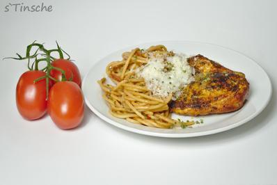 Rezept: Maishähnchenbrust mit Tomatenspaghetti