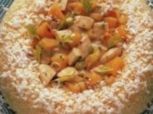 Süß-saures Hühnerfrikassee im Kokosreisring - Rezept