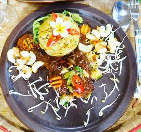 Rezept: Bunter Reis mit Rindercurry ala Sriwidi