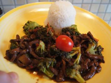 Rindfleisch mit Brokkoli und Basmatireis - Rezept - Bild Nr. 2