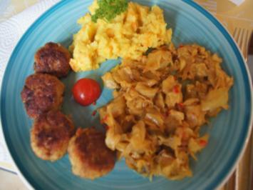 Scharf, pikanter Spitzkohl mit Mettbällchen und Möhren-Kartoffel-Stampf - Rezept - Bild Nr. 2