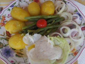 Matjesfilet mit Sauce Sylter Art, Buschbohnen und Pellkartoffeln - Rezept - Bild Nr. 2