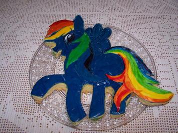 Geburtstags Kuchen für meine kleine Enkelin Marie , Rainbow Dash Pony - Rezept - Bild Nr. 2