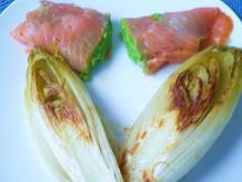 Chicoree mit Räucherlachs und Erbsen - Rezept - Bild Nr. 2