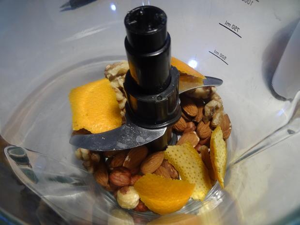 Ciambellone all' arancia e noccioline - Rezept - Bild Nr. 7