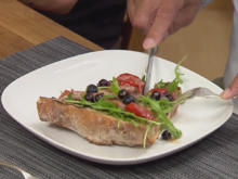 Tomaten-Rucola-Baguette mit Blaubeeren - Rezept - Bild Nr. 2