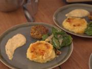 Quinoa-Frikadelle mit Senfdip und gebackenem Kartoffelstampf - Rezept - Bild Nr. 2
