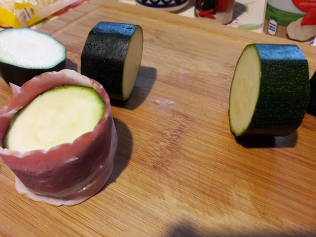 Zucchini und Schweinefilet im Speckmantel - Rezept - Bild Nr. 9939