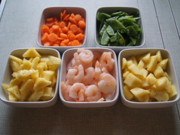 Garnelencurry mit Gemüse und Basmatireis - Rezept - Bild Nr. 7