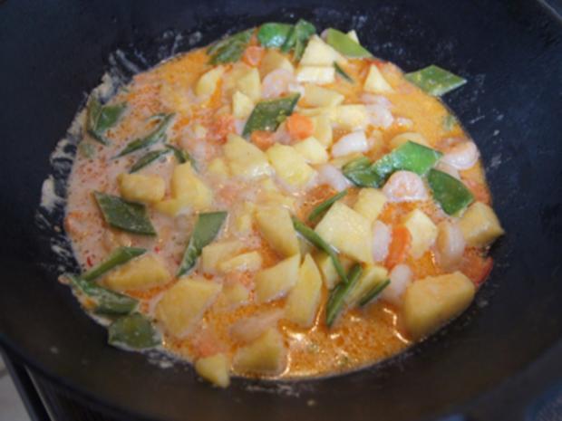 Garnelencurry mit Gemüse und Basmatireis - Rezept - Bild Nr. 14