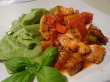 Mediterrane Fisch-Pfanne mit Spinat-Pappardelle - Rezept - Bild Nr. 2