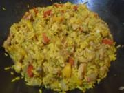 Gelber Reis mit Hähnchenbrustfilet und Gemüsemix - Rezept - Bild Nr. 2