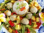 Würzige, vegane Tofu-Bällchen in süß-saurer Sauce - Rezept - Bild Nr. 2