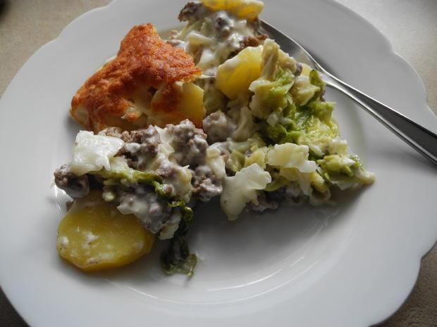 Wirsing-Kartoffel-Auflauf mit Hackfleisch und Reibekäse - Rezept - Bild Nr. 3