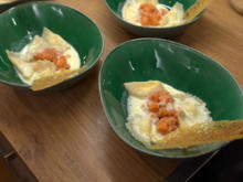 Tortellini in Zitronen-Sahnesauce an Lachs-Tartar - Rezept - Bild Nr. 2