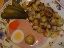 Sülzkotelett mit herzhaft-deftigen Bratkartoffeln - Rezept - Bild Nr. 2