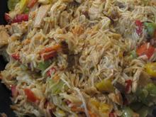 Gebratene Mii-Nudeln mit Putenfleisch und Gemüse - Rezept - Bild Nr. 2