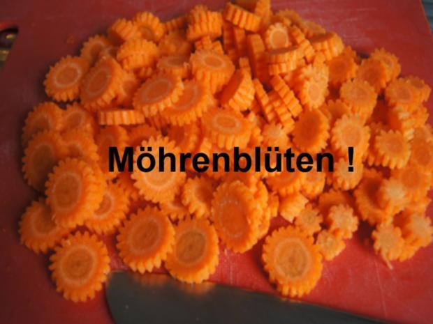 Nackensteak-Schnitzel mit Honig-Möhren-Blüten und Sellerie-Püree - Rezept - Bild Nr. 10