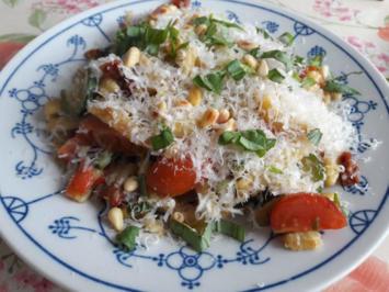 Rezept: Gebratene Spätzle mit Zucchini