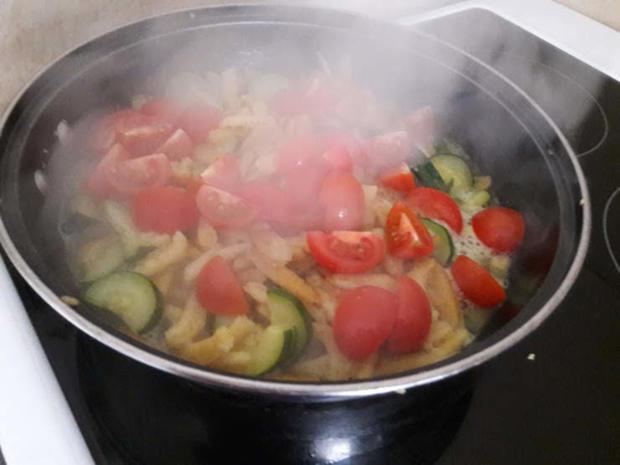 Gebratene Spätzle mit Zucchini - Rezept - Bild Nr. 10015