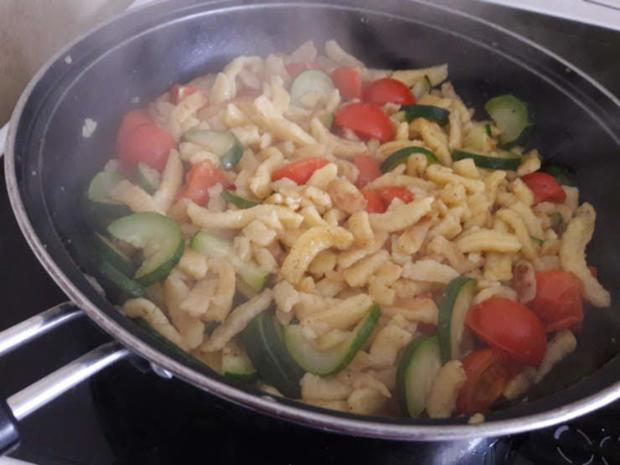 Gebratene Spätzle mit Zucchini - Rezept - Bild Nr. 10016