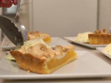 Tarte au Citron mit Tonkabohnen-Basilikum-Eis - Rezept - Bild Nr. 3