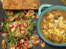 Ragout Fin mit wildem Salat und Süßkartoffel-Maronen-Brot - Rezept - Bild Nr. 2
