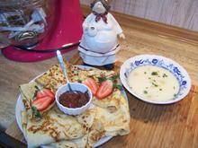 Spargel Süppchen dazu Omelett und Selbst gekochte Erdbeer Marmelade - Rezept - Bild Nr. 10072