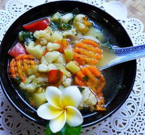Chinesische Gemüsesuppe mit Spargel - Rezept - Bild Nr. 2