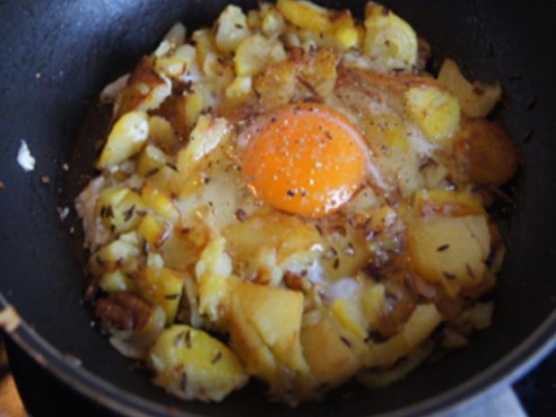 Schnelle Bratkartoffel-Ei-Pfanne - Rezept - Bild Nr. 6